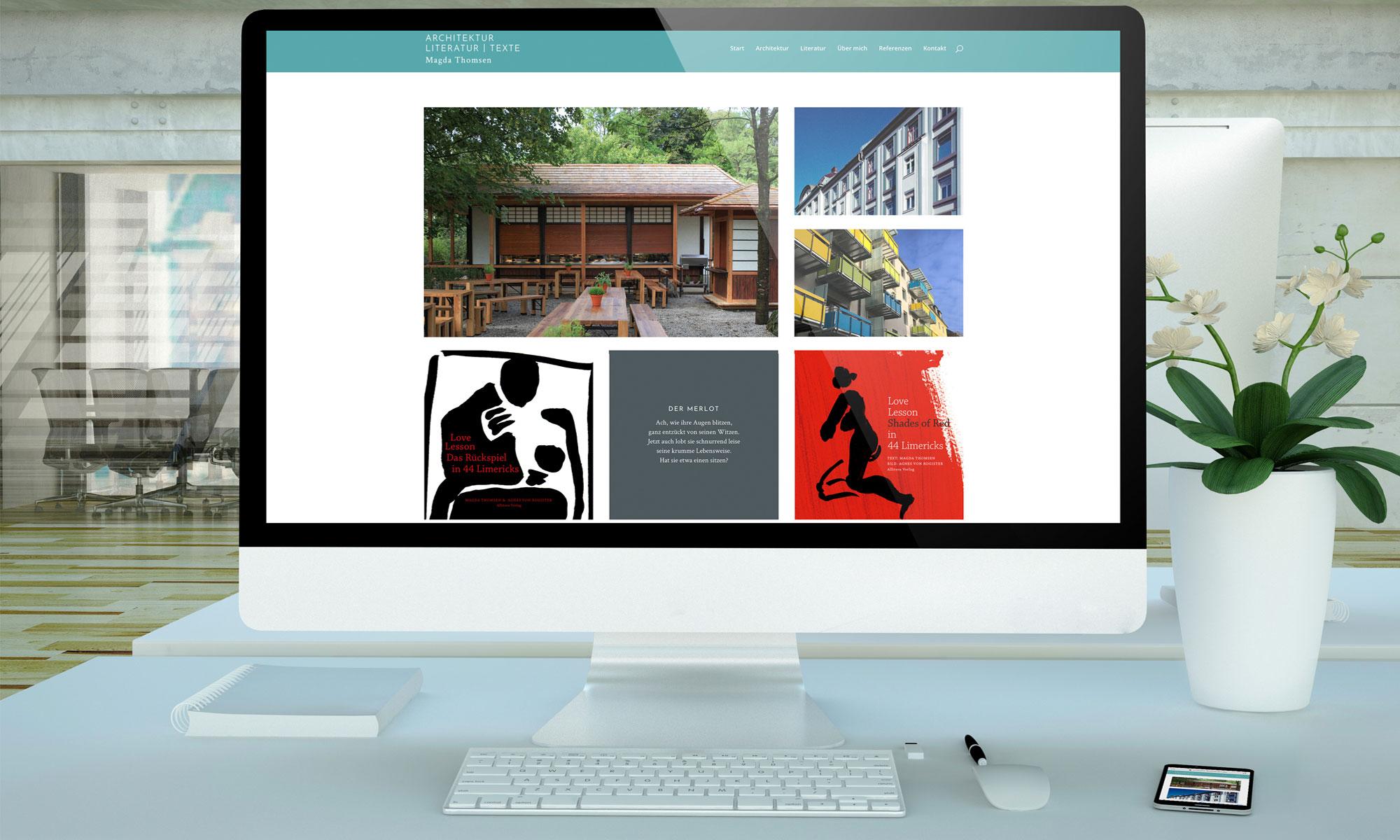 Büro mit PC und Laptop mit neuer Heller-Website