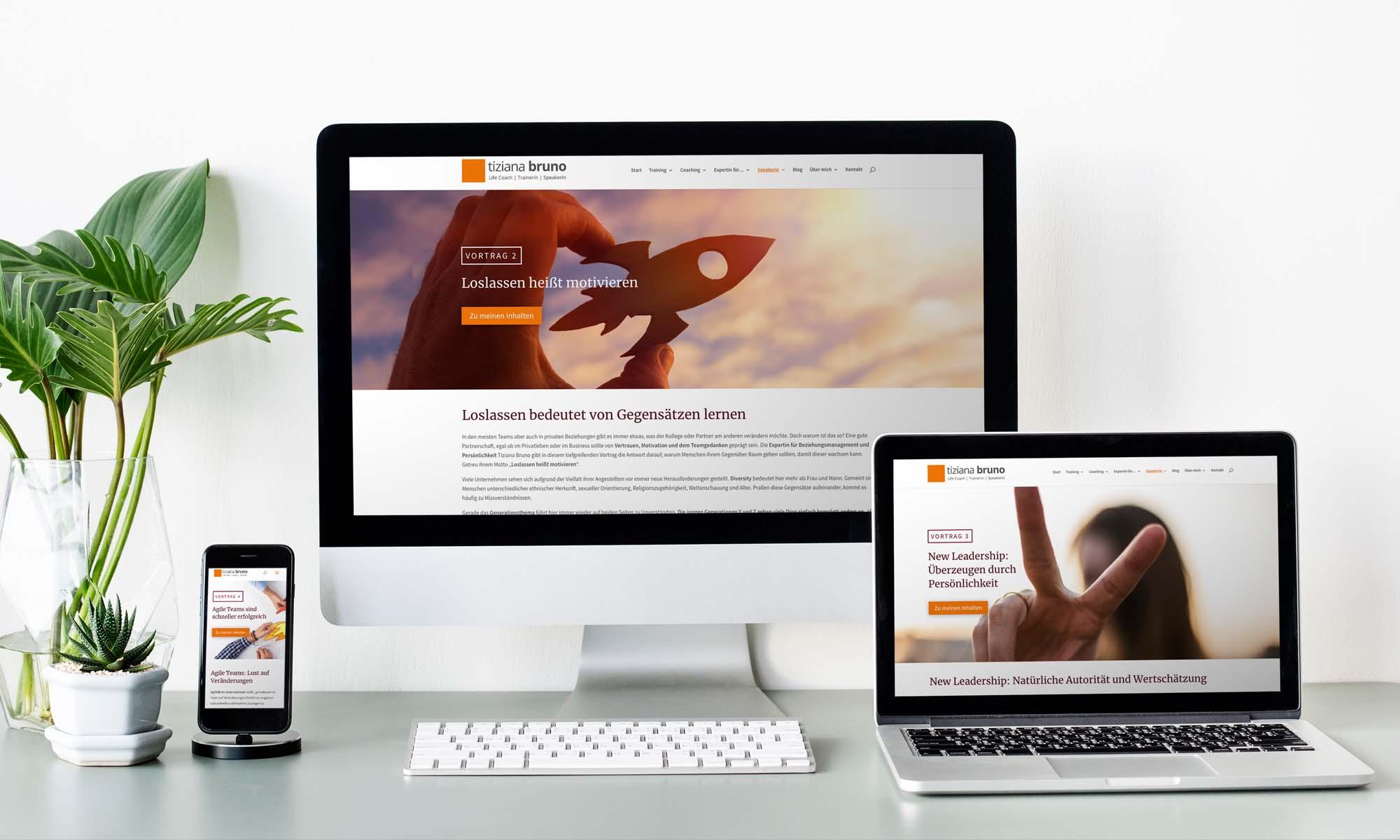 Die Coaching Homepage von Tiziana Bruno auf einem Laptop